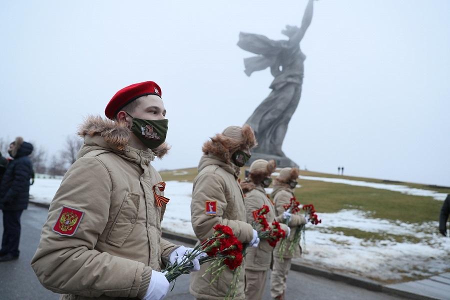 Ни парадов, ни шествий: в 2021 году Волгоград скромно отмечает День Победы в Сталинградской битве