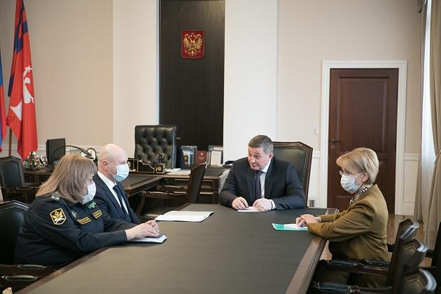 Андрей Бочаров встретился с судебными приставами