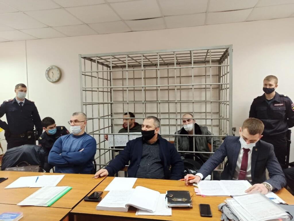 «Произошло не по моей воле»: обвиняемые в убийстве после ссоры в волгоградском чате отрицают вину