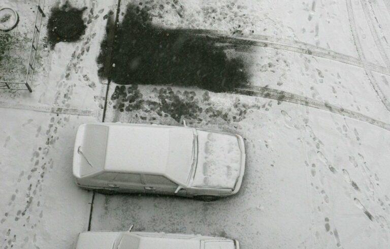 Трое подростков уехали в Жилгородок на угнанном автомобиле