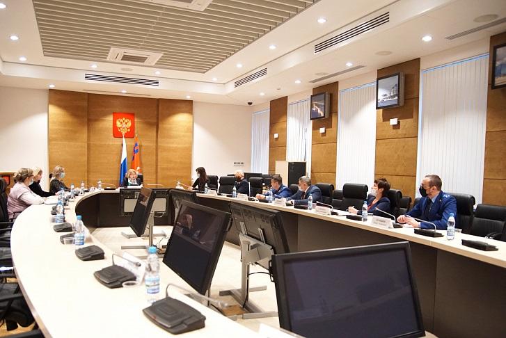Скандальный нацпроект, на котором воровали бюджетные миллионы, обсудили депутаты Волгоградской области