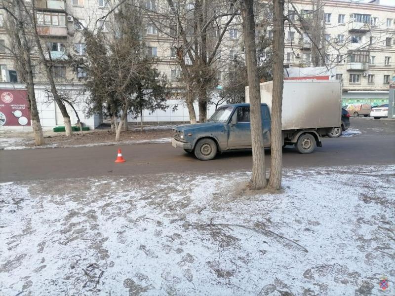 Два водителя сбежали: сразу несколько пешеходов за сутки оказались под колесами машин в Волгоградской области