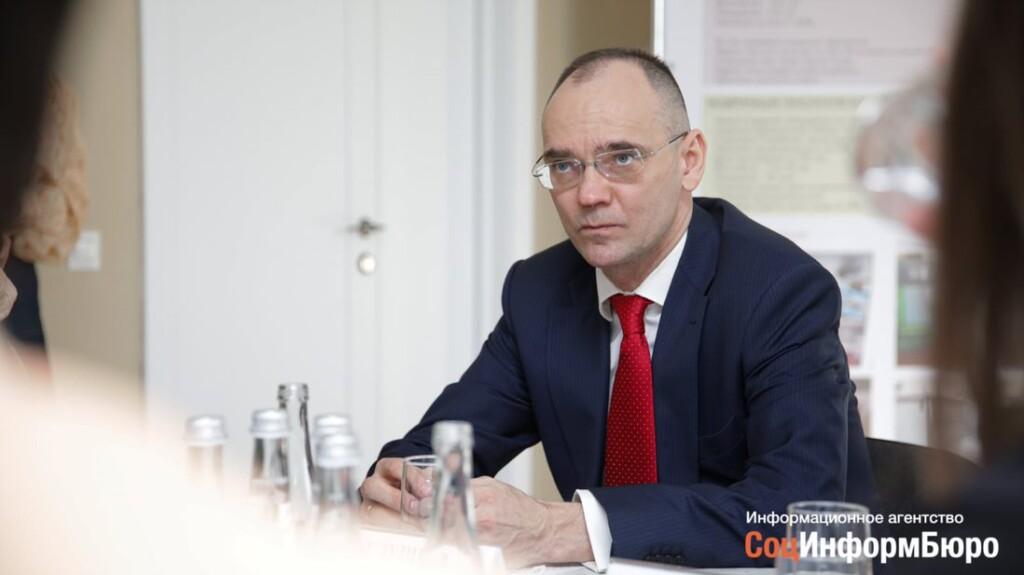 Дмитрий Глушко высказался о школьном питании в Волгоградской области губернатору Андрею Бочарову