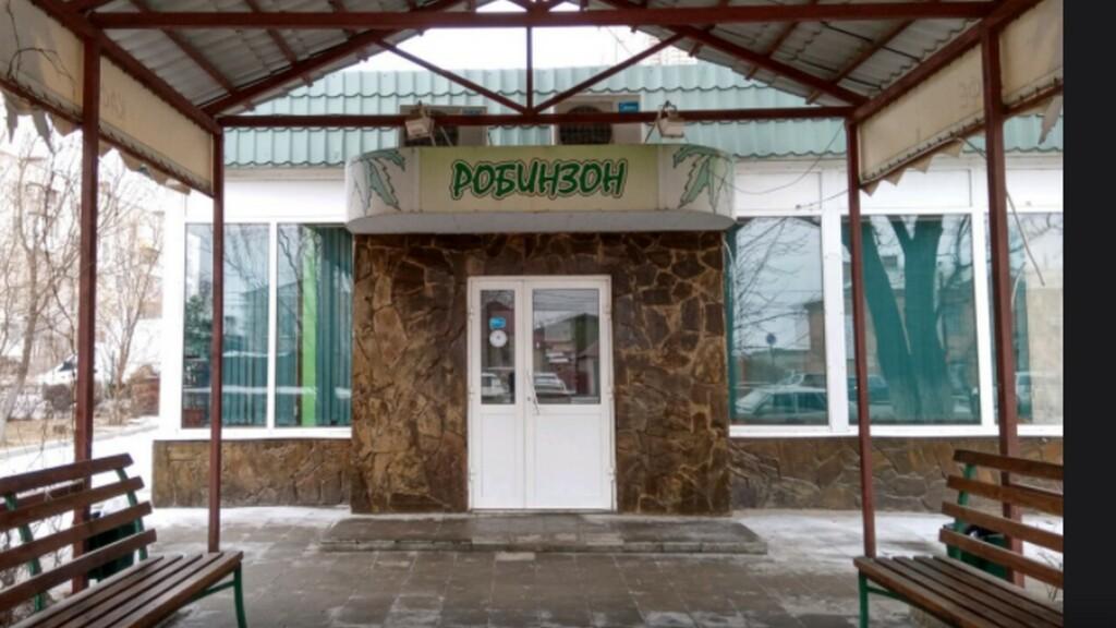 «Не убирали и не дезинфицировали»: в Волгограде закрыли кафе «Робинзон»