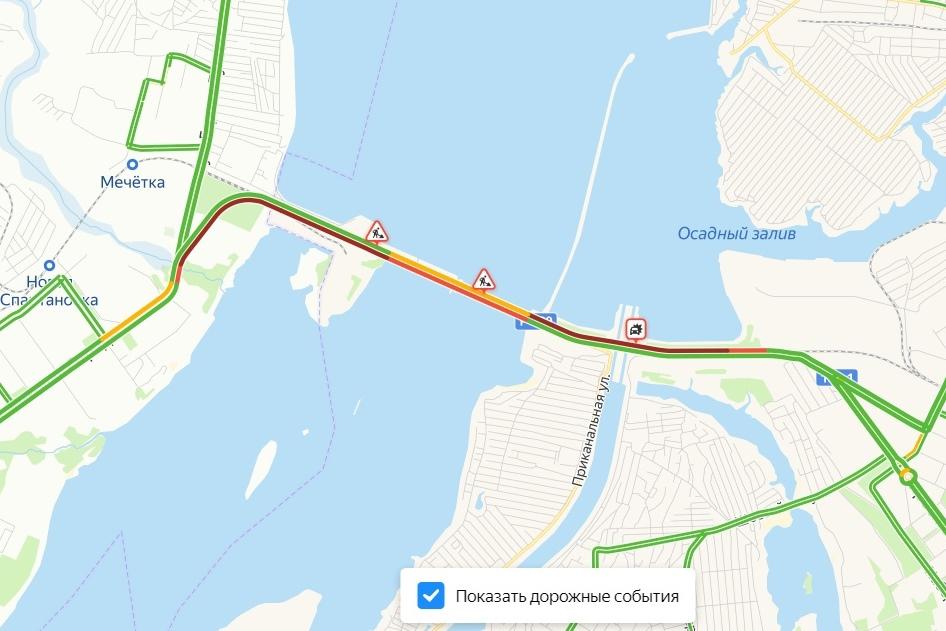 «Просили не ездить»: километровые пробки сковали Волжскую ГЭС 11 марта