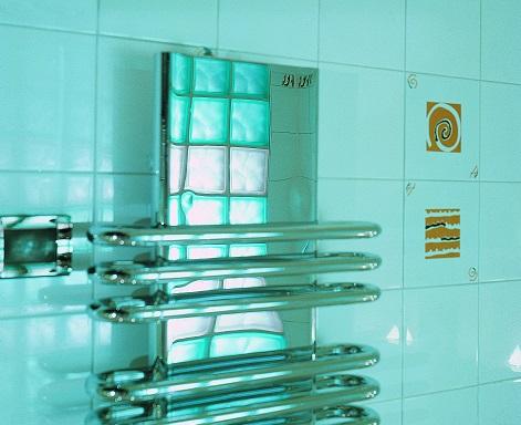 Волгоградец отсудил у продавца некачественного полотенцесушителя за 5 тысяч полмиллиона компенсации
