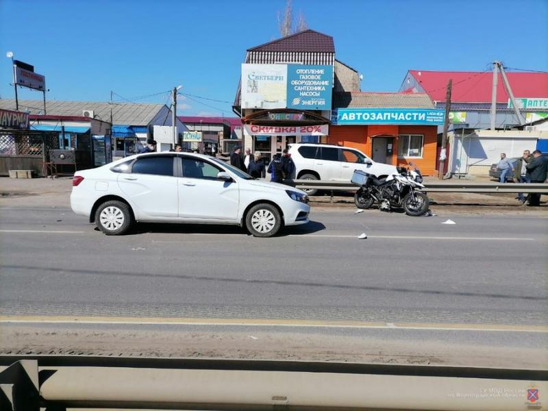 На трассе «Сызрань – Саратов – Волгоград» разбился мотоциклист