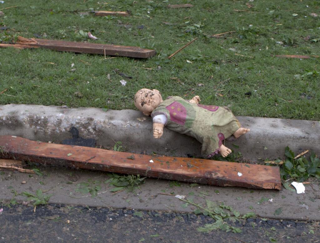 В неблагополучной семье в Волгоградской области ребенок задохнулся, наевшись панировочных сухарей