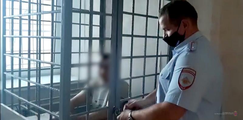 В Волгограде провалилась попытка двух рецидивистов вскрыть банкомат