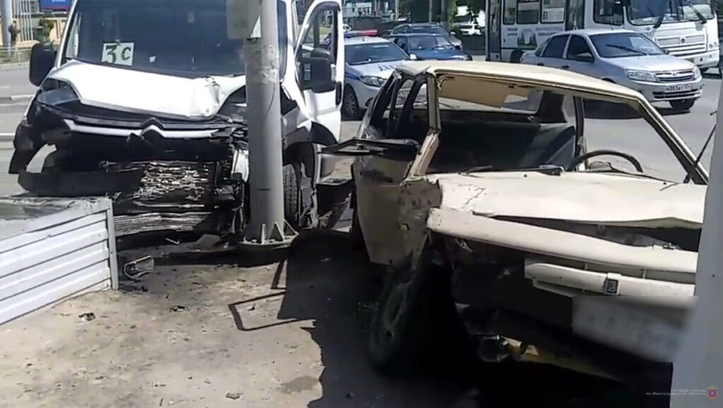 В Волгограде в маршрутке №3С пострадали пассажиры