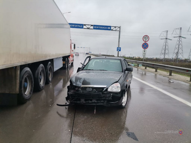 """29-летнюю пассажирку """"Приоры"""" выбросило из машины на ходу в Городищенском районе"""