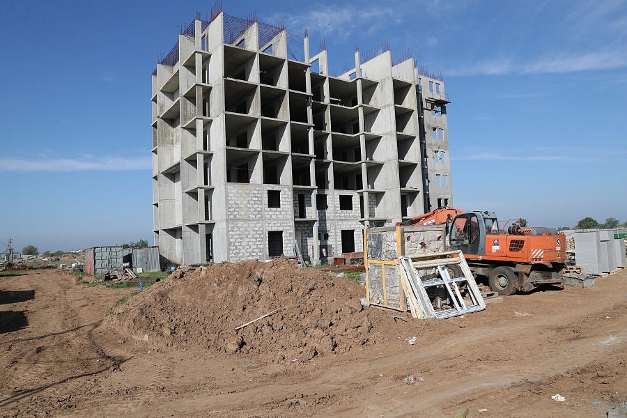 В мае в Волжском начнут достраивать второй проблемный дом ЖК «Ахтуба Сити Парк»