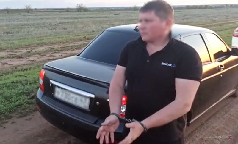 На автомойке в Волгограде конфликт между водителями закончился стрельбой из газового пистолета