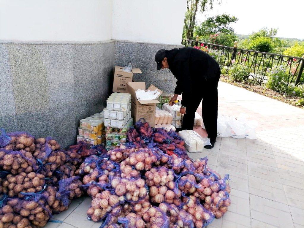 В Волгоград привезли крупную партию гуманитарной помощи