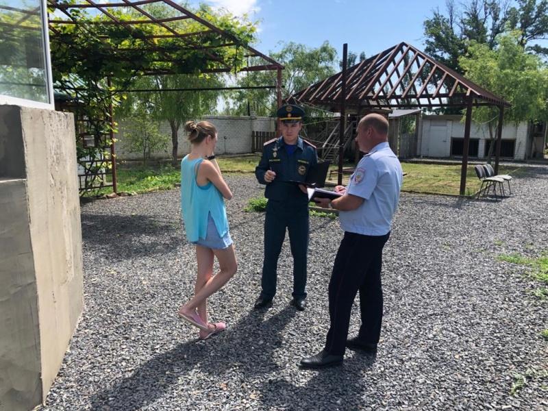 Волгоградские МЧСники без выходных бдят за разжигателями костров