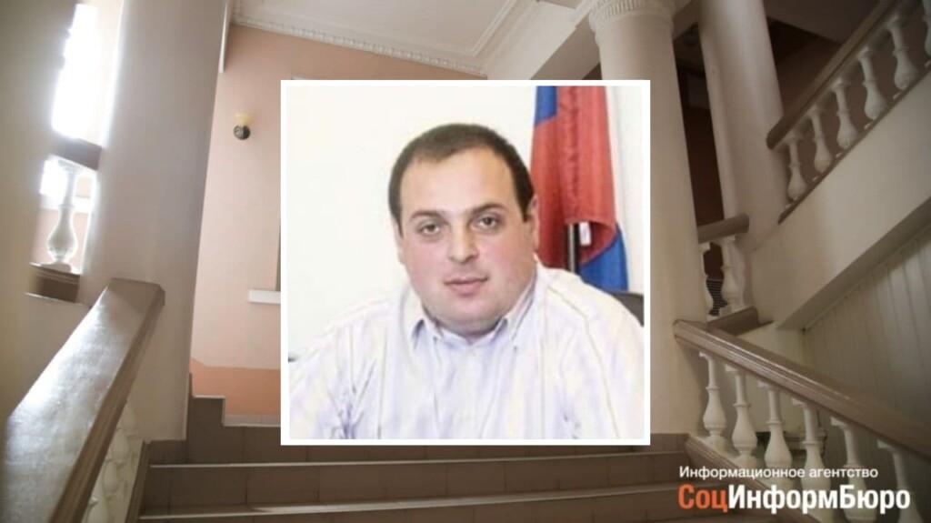 Волгоградского судью лишили мантии за мат