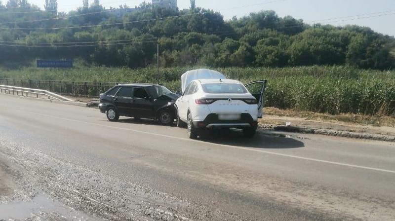 На улице Дзержинского молодой водитель попал в ДТП