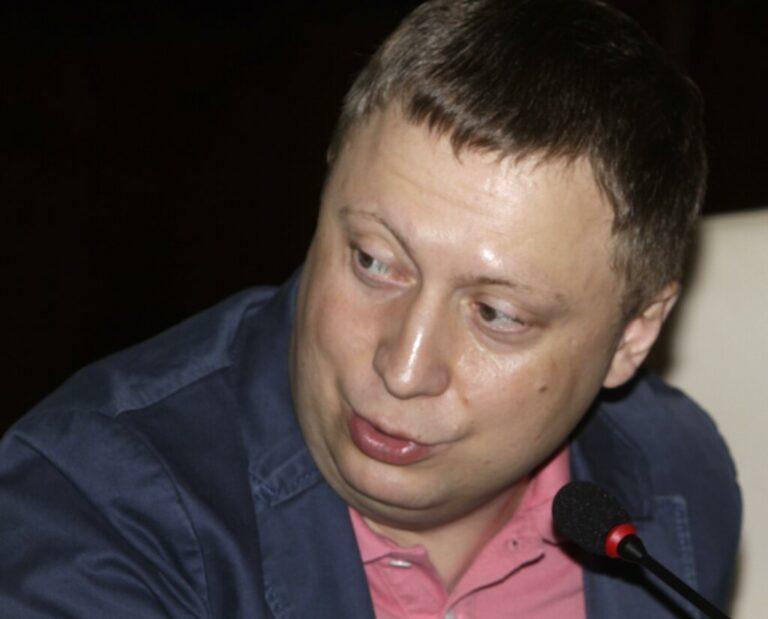 Эдуард Петров предложил регулярно проверять условия проживания глав силовых структур