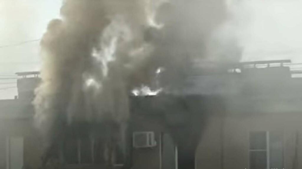Страшный пожар в квартире Волжского попал на видео