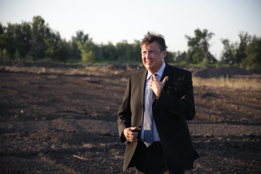 Протестующего против вырубки дубов в Волго-Ахтубинской пойме депутата Осипова исключили из фракции «Единая Россия»