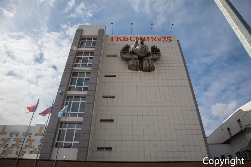 Пациент 25-й больницы в Волгограде скончался после падения из окна