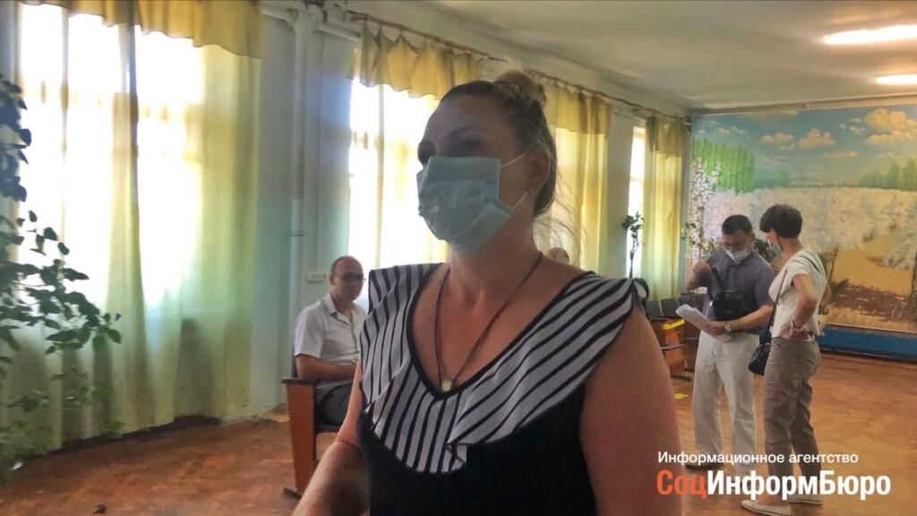 «Больно, досадно»: противницу вырубки дубов в Волго-Ахтубинской пойме арестовали на сутки и оштрафовали на 20 тысяч