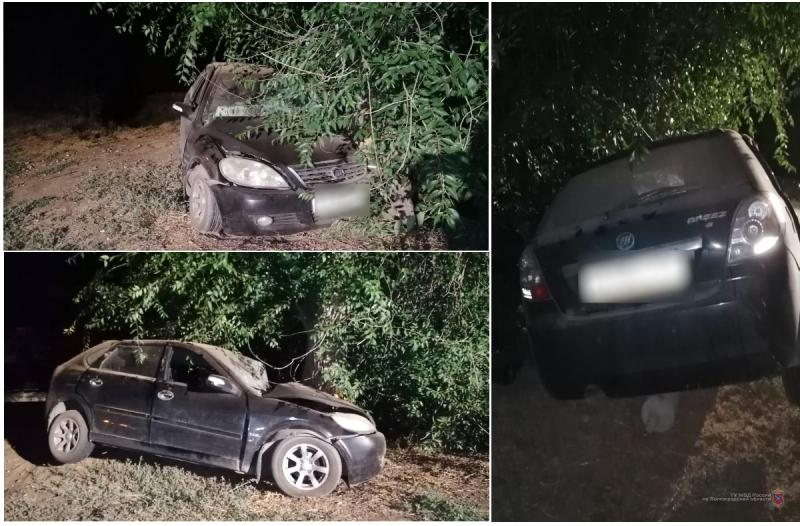 В Волжском сотрудник автомастерской угнал и разбил автомобиль клиентки