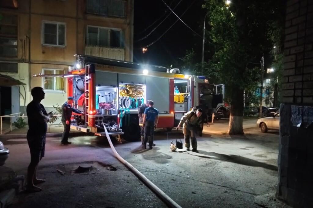 В Кировском районе Волгограда загорелась квартира
