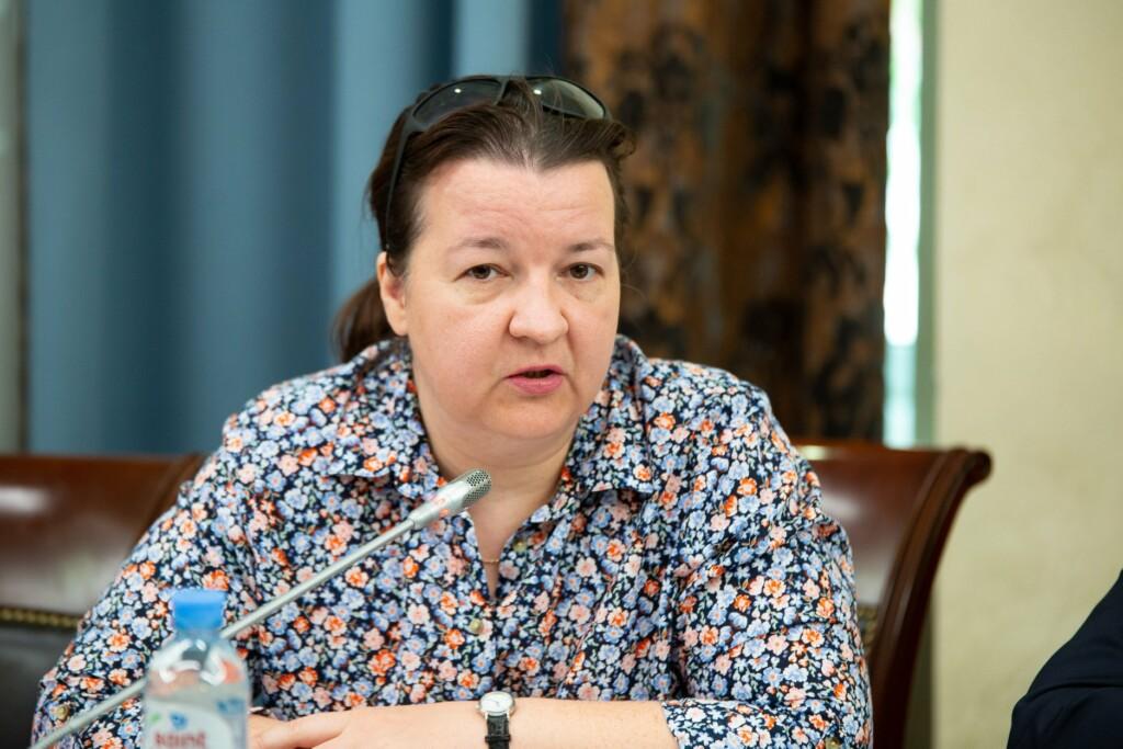 Ситуацию с оставлением без ухода малолетних детей в больнице Волгограда обсудили на федеральном уровне