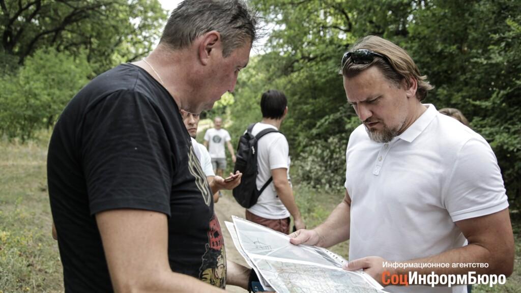 Дмитрий Булыкин встретился с эко-активистами, защищающими дубовый лес в Волго-Ахтубинской пойме
