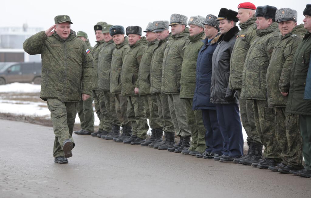 Герой России Андрей Бочаров не стал поздравлять десантников с профессиональным праздником