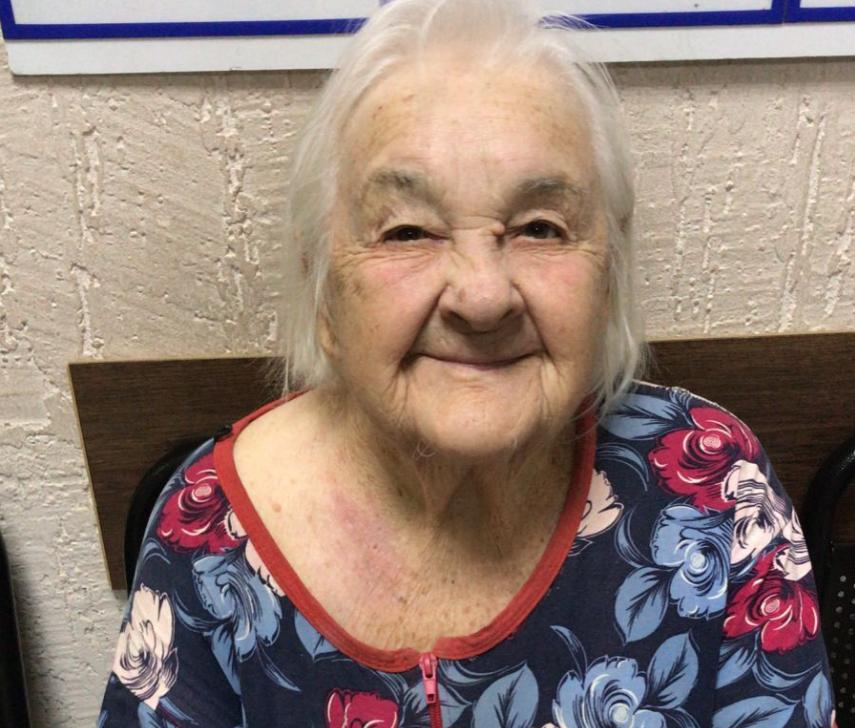 В Волгограде ищут родственников пенсионерки в черных тапочках