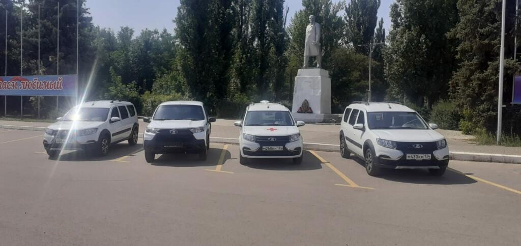 Районные больницы в Волгоградской области получили 5 новых автомобилей «Нива»