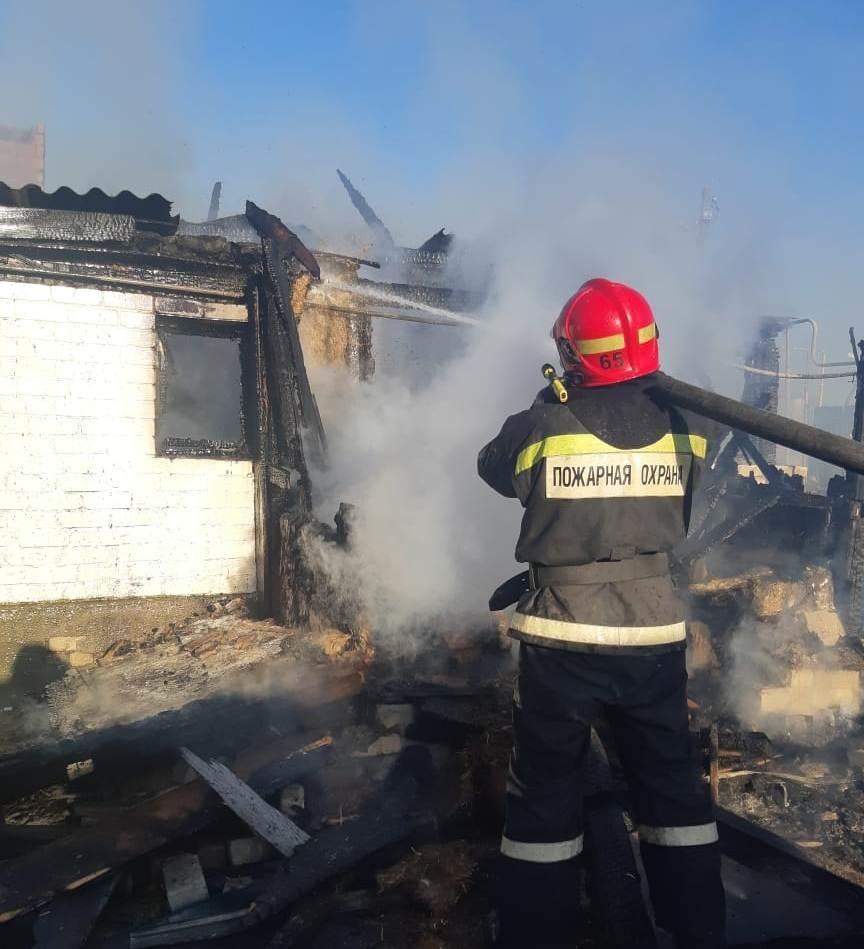 В сгоревшем частном доме в Городище обнаружено тело мужчины