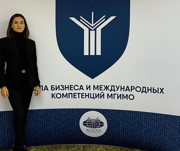 39-летняя Елена Исинбаева поступила в МГИМО