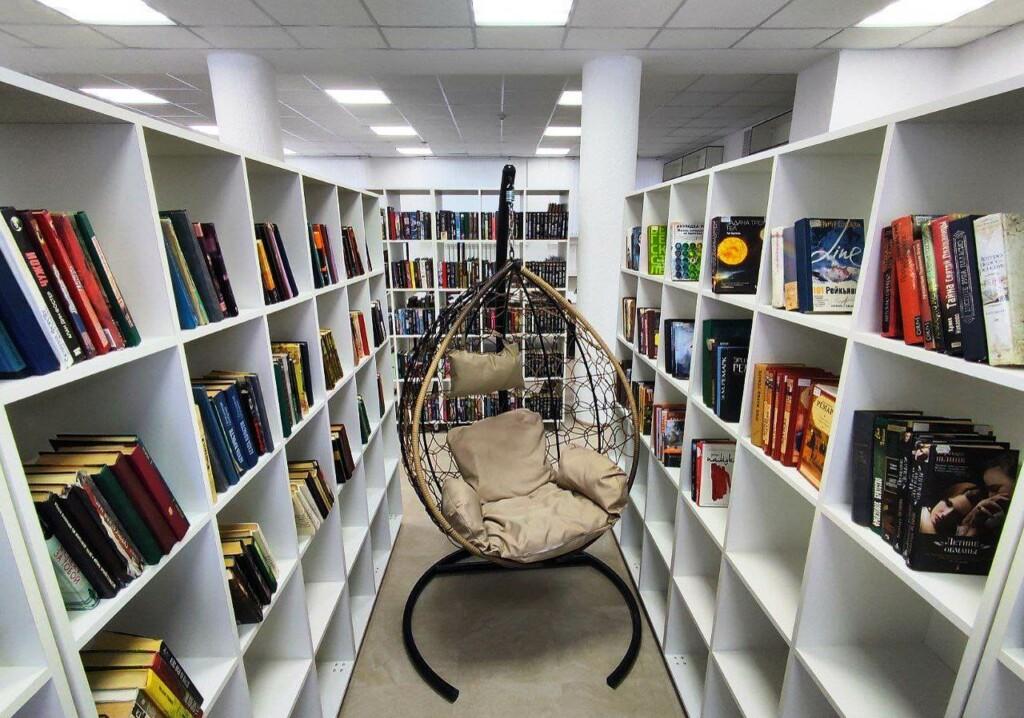 В Волжском открыли модельную библиотеку, обновленную за 5 миллионов рублей
