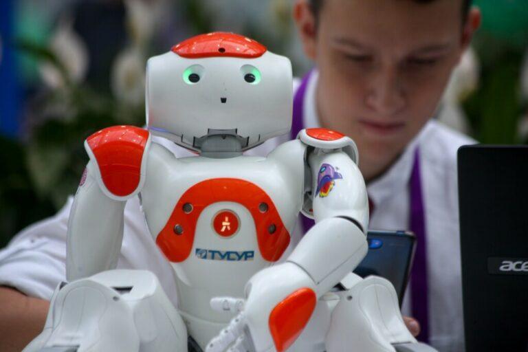 Технологии завоевывают мир: как остаться востребованным в мире роботов