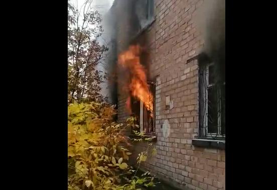 В Красноармейском районе полностью выгорела трехкомнатная квартира